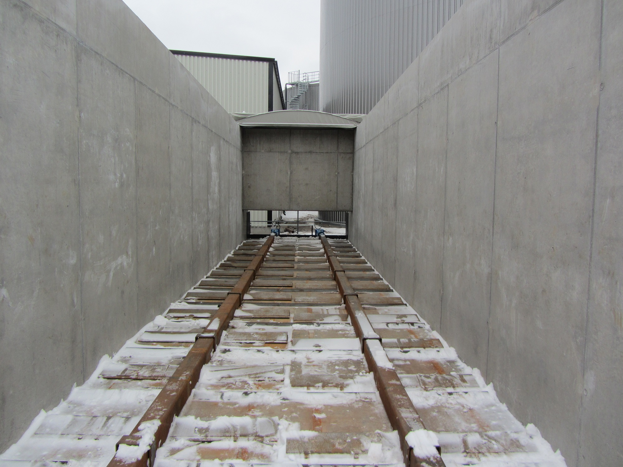 Openable industrial roof (5)